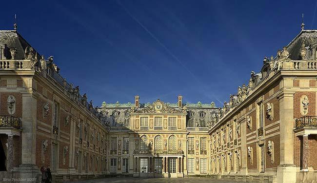 عکس هایی از زیبا و بزرگترین کاخ های سلطنتی جهان
